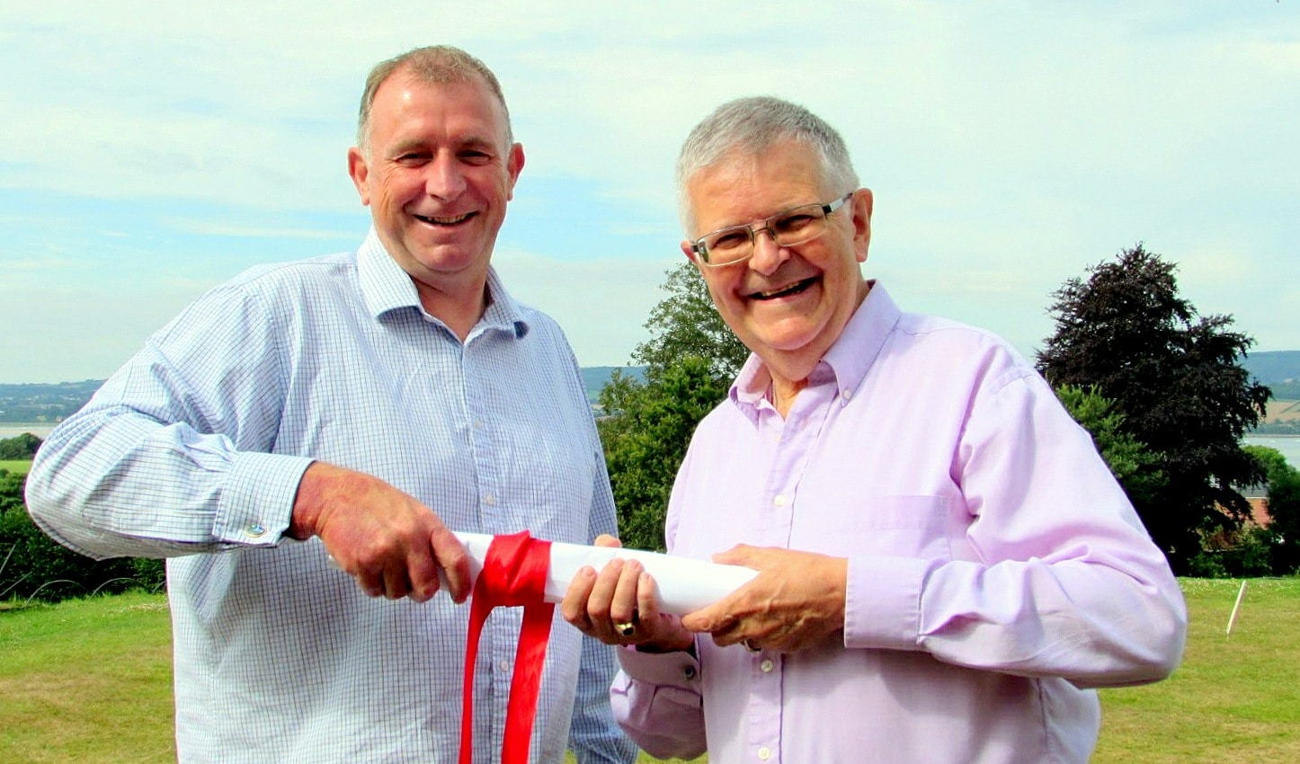A cracking WIN for bid writing consultants Winning Tenders